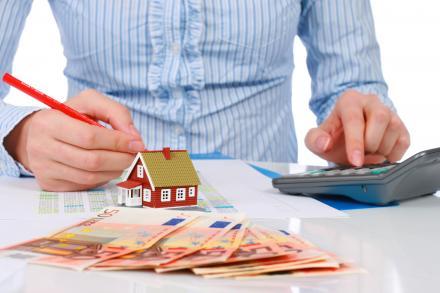 Должен ли пенсионер уплачивать налог на квартиру
