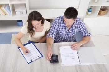Мнение за и против: выгодно ли сейчас брать ипотеку