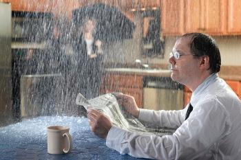 Страхование квартиры: от потопов до инопланетян