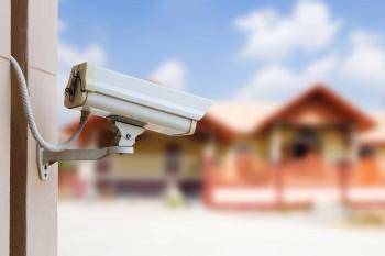 Дача под присмотром: как выбрать и установить камеры видеонаблюдения
