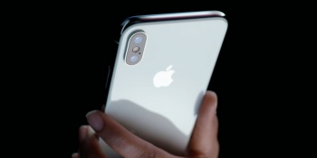Какую недвижимость в Казани можно продать, чтобы купить iPhone X первым?