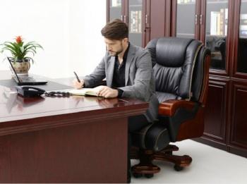 Босс в офисе: сколько стоят кабинеты для топ-менеджеров