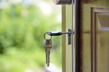 Ветерану труда отказали в новом жилье