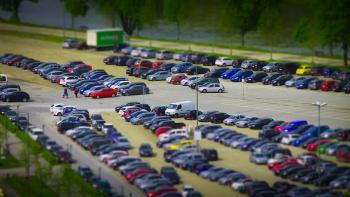 От проспекта Победы до Фучика запретят парковку