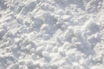 Под Казанью на берегу Волги обнаружили 5 тыс. куб. м токсичного снега