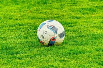 В Набережных Челнах открыли крытый футбольный манеж