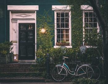 Особенности домов на две семьи