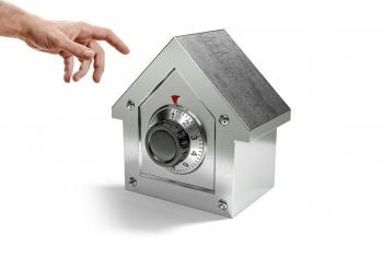 Как защитить свой дом от воров и предотвратить кражу?