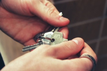Как сдавать аренду, будучи самозанятым: тонкости нового законодательстваКак сдавать аренду, будучи самозанятым: тонкости нового