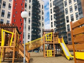 Детские площадки: тонкая грань между безопасностью и гиперопекой