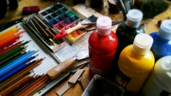 Причина популярности женских фигур в живописи