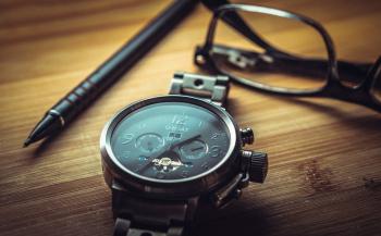 Несколько причин, почему подарить часы – хорошая идея