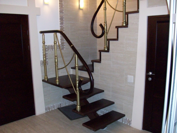 Продажа 4-к квартиры П. Алексеева д.7А, 163 м²  (миниатюра №1)
