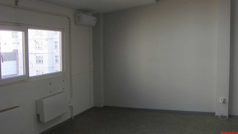 Аренда  офисно-торговые Ямашева, 35 м²  (миниатюра №2)