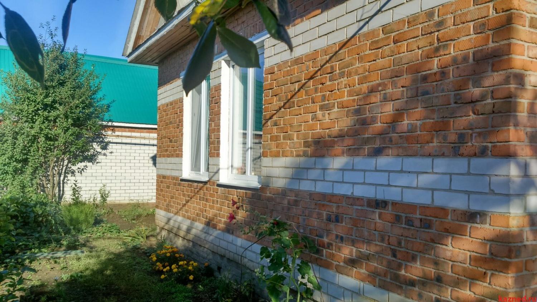 Небольшой жилой кирпичный  дом 40 кв.м в райцентре Актаныш, 13 соток ! (миниатюра №3)