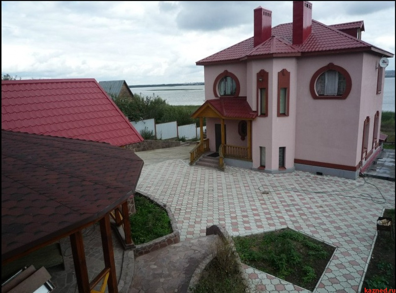 Продажа дом ул.Дорожная, 250 м2  (миниатюра №1)