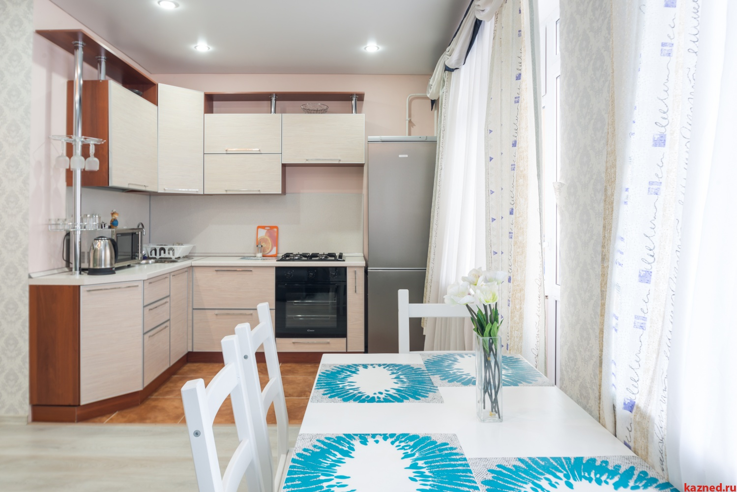 Посуточная аренда 1-к квартиры ул.Тихомирного д.1, 50 м² (миниатюра №4)
