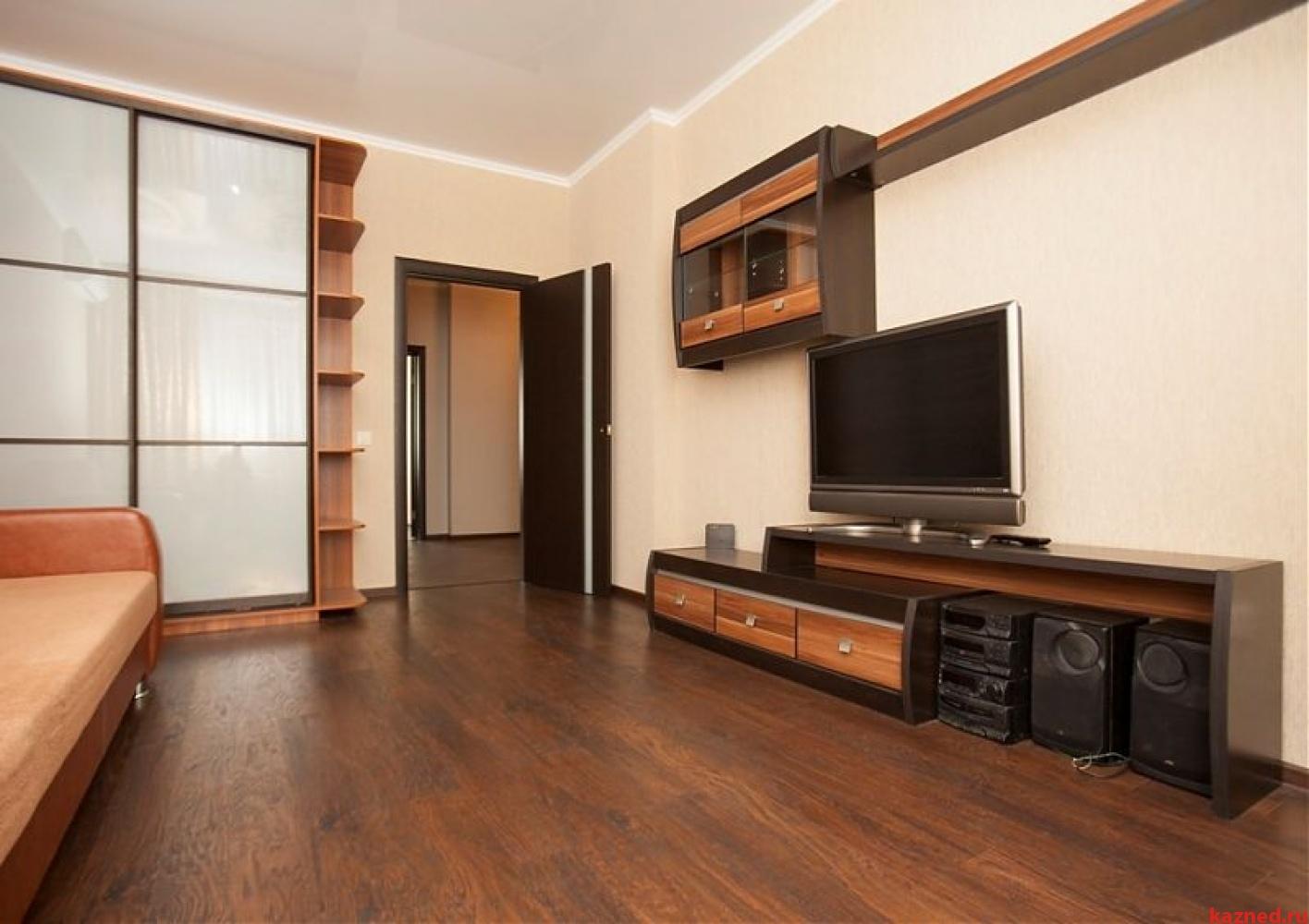Посуточная аренда 2-к квартиры Чистопольская 71а, 75 м² (миниатюра №1)