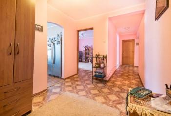 Продажа 4-к квартиры Проспект Победы д.100, 105.0 м² (миниатюра №1)