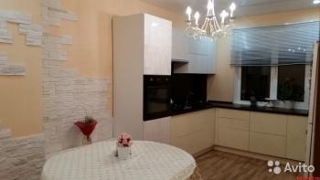 Продажа 3-к квартиры Гайсина, 2, 77 м² (миниатюра №2)