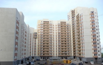 Продажа 2-к квартиры Адоратского 1а, 70.0 м² (миниатюра №1)