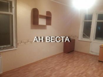 Продажа  комнаты Комарова 16