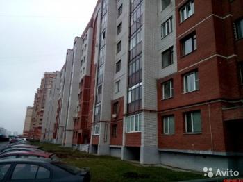 Продажа 3-к квартиры Дубравная,40