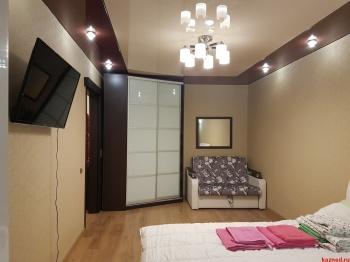 Посуточная аренда 1-к квартиры Чистопольская 59