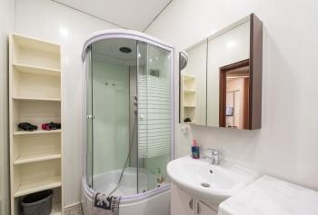 Посуточная аренда 1-к квартиры ул.Тихомирного д.1, 50.0 м² (миниатюра №5)