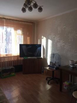 Продажа 3-к квартиры Короленко,47