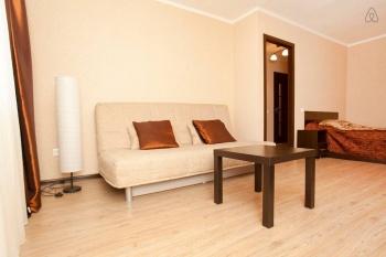 Посуточная аренда 1-к квартиры Вишневского 55