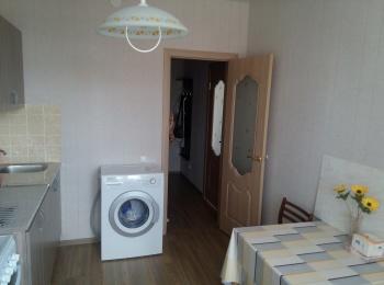Аренда 1-к квартиры Гареева 94
