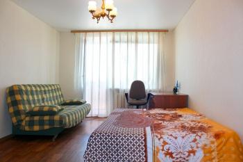 Посуточная аренда 1-к квартиры ул.Татарстан дом 13, исторический центр города