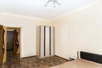 Посуточная аренда 1-к квартиры Адоратского 1а, 55.0 м² (миниатюра №4)