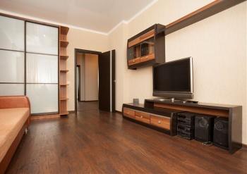 Посуточная аренда 2-к квартиры Чистопольская 71а
