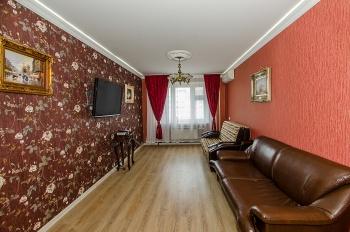 Посуточная аренда 3-к квартиры Чистопольская 43