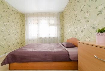 Посуточная аренда 3-к квартиры Чистопольская 43, 80.0 м² (миниатюра №2)