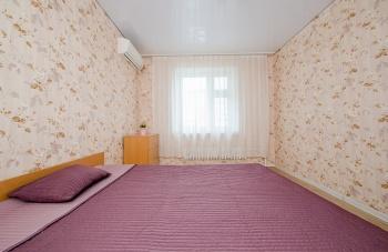 Посуточная аренда 3-к квартиры Чистопольская 43, 80.0 м² (миниатюра №4)