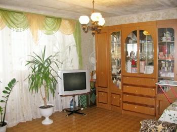 Продажа 4-к квартиры большая красная, 224