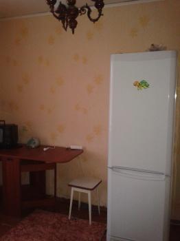 Аренда  комнаты Короленко 52а