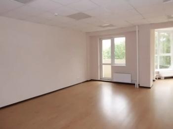 Продажа  офисно-торговые Высокая гора, ул. Большая Красная 146