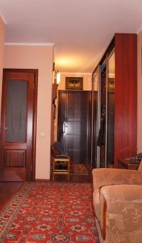 Продажа 3-к квартиры улица Юлиуса Фучика, дом 123