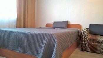 Посуточная аренда 1-к квартиры САХАРОВА 20, КАЗАНЬ