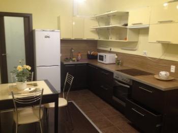 Посуточная аренда 1-к квартиры Сибгата хакима 60