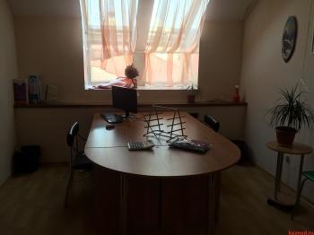 Аренда  офисно-торговые Островского, 21