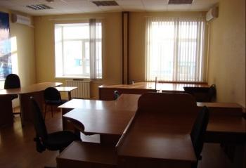 Продажа  помещения свободного назначения Островского,67