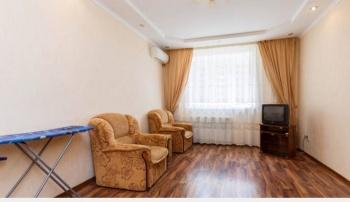 Посуточная аренда 1-к квартиры Ноксинский спуск 7