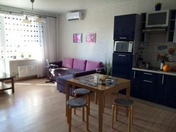 Аренда 1-к квартиры Короленко 32