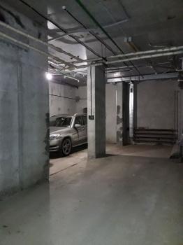 Продажа  гаража Павлюхина,102 а