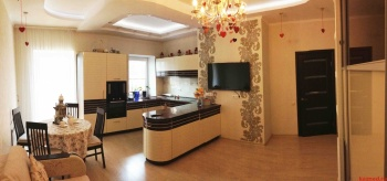 Посуточная аренда 1-к квартиры Чистопольская 38
